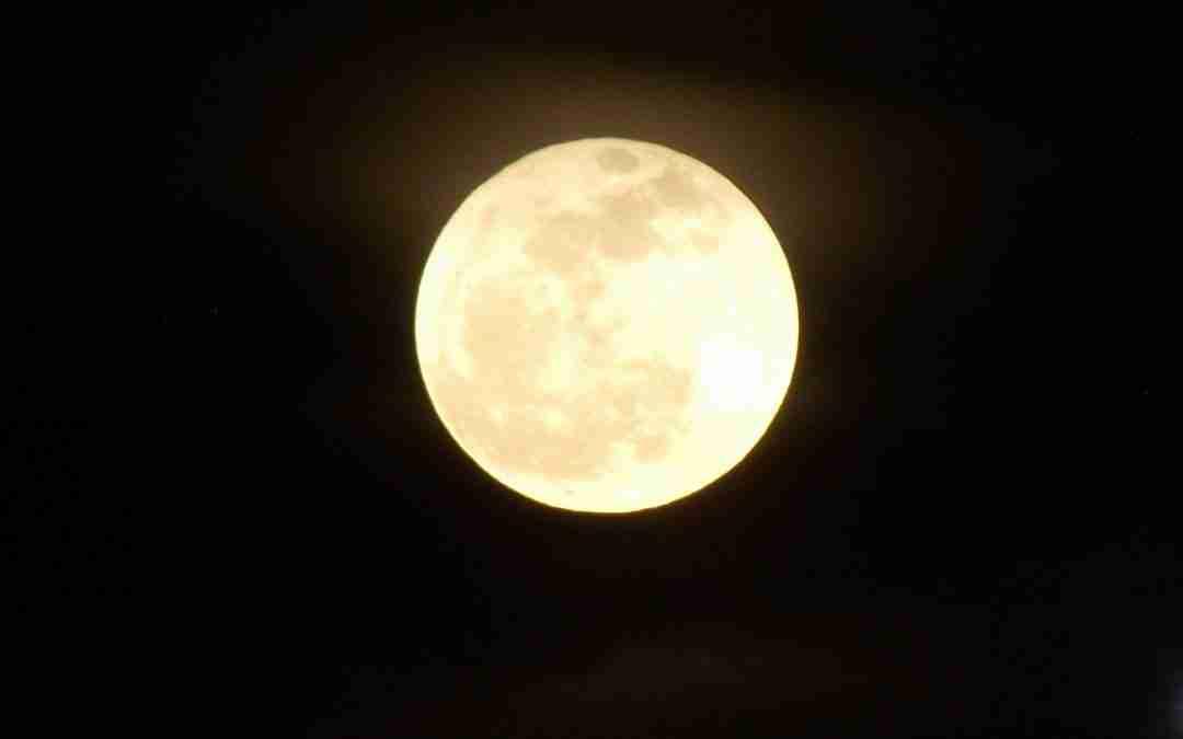 Cómo hacer una lámpara luna